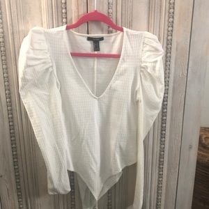 White puffy sleeve body suit